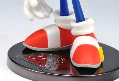 Teaser Image of Sonic 20th Anniversary Statue Appears