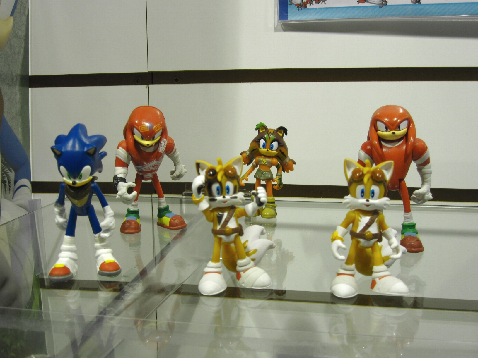 Nuremberg Toy Fair Sho... Super Sonic And Super Shadow And Super Silver Toys
