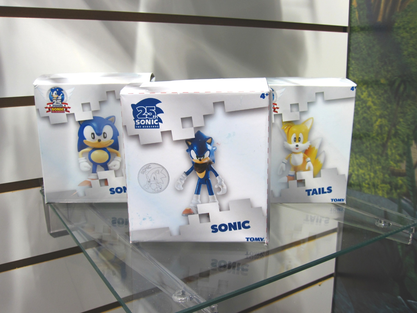 tomy25th_figures