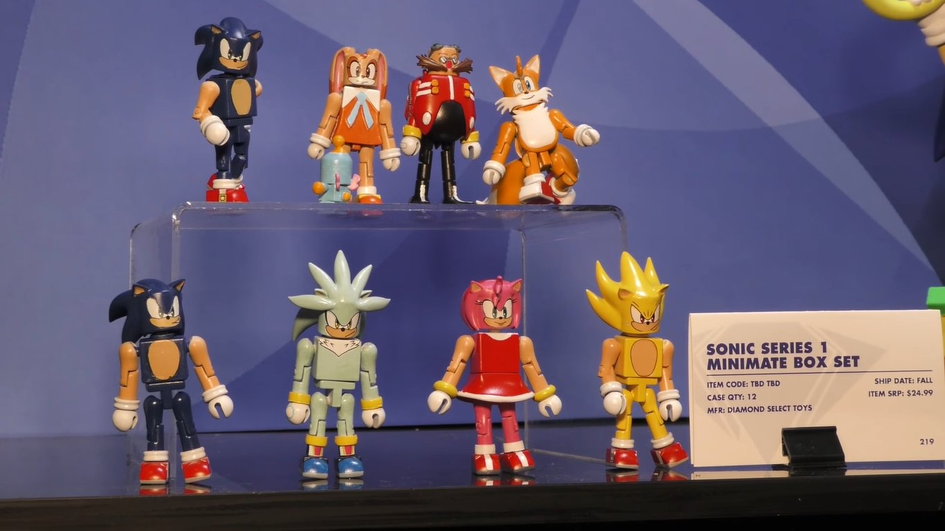 first images of diamond select sonic figures surface the sonic stadium