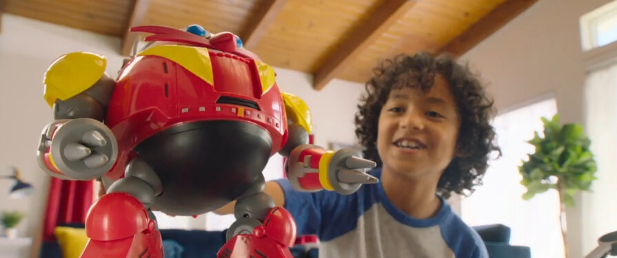 JAKKS Pacific Features Eggman Robot and Excited Child in Online Commercial